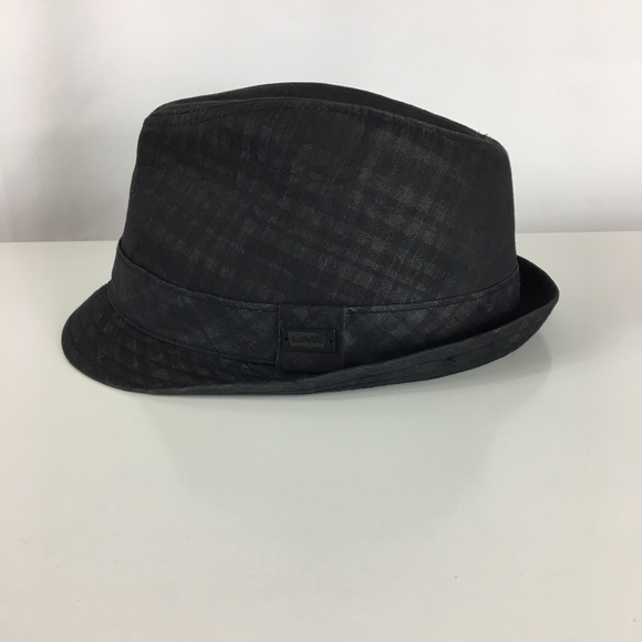 779772f3a1765 Levi s Other - Levi s Fedora Black Tartan Hat
